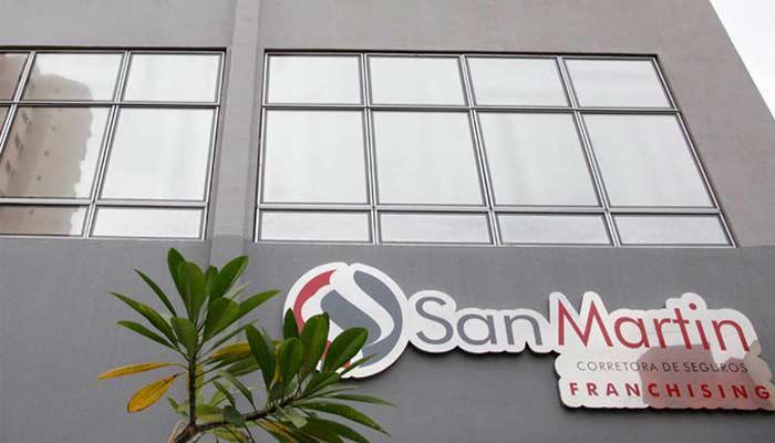 Franquias de seguro e crédito - San Martin