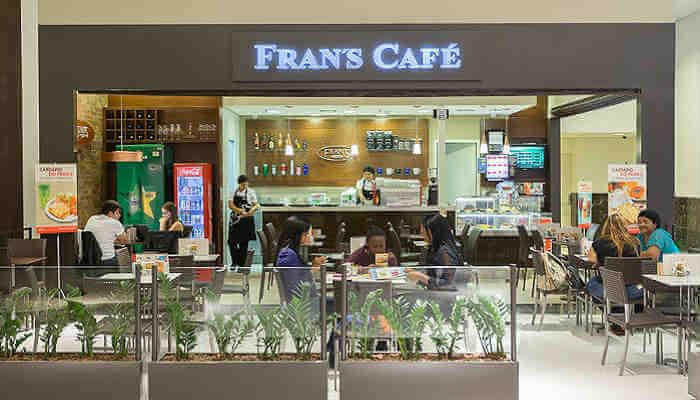 Franquias em locais alternativos - Fran's Café